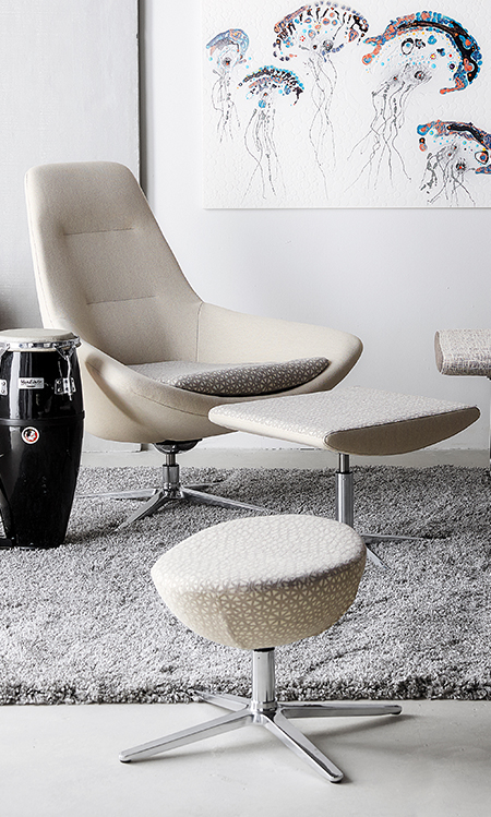 via seating great things happen in a chair rh viaseating com